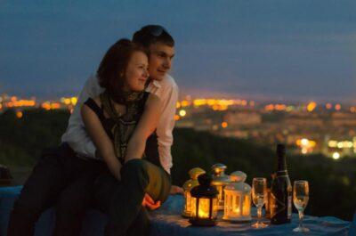Как организовать флешмоб на романтическом свидании
