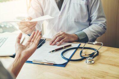 Срочное оформление медицинских справок в Мосвке