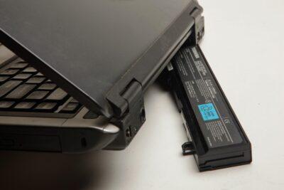 Какие параметры ноутбука учесть при подборе аккумулятора для него