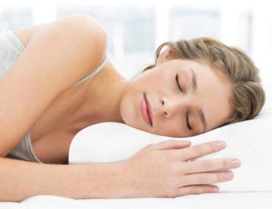 Ортопедическая подушка под голову: достоинства и недостатки