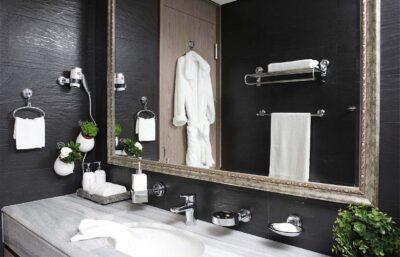 Аксессуары и сантехника в ванной комнате: полезные мелочи