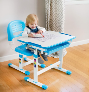 Стол-парта для малышей: особенности выбора