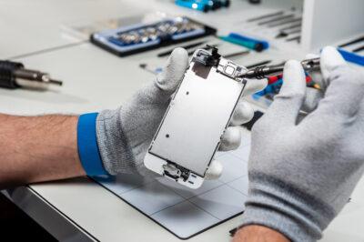 Профессиональный ремонт iPhone XR
