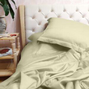 Достоинства постельного белья из искусственного шелка